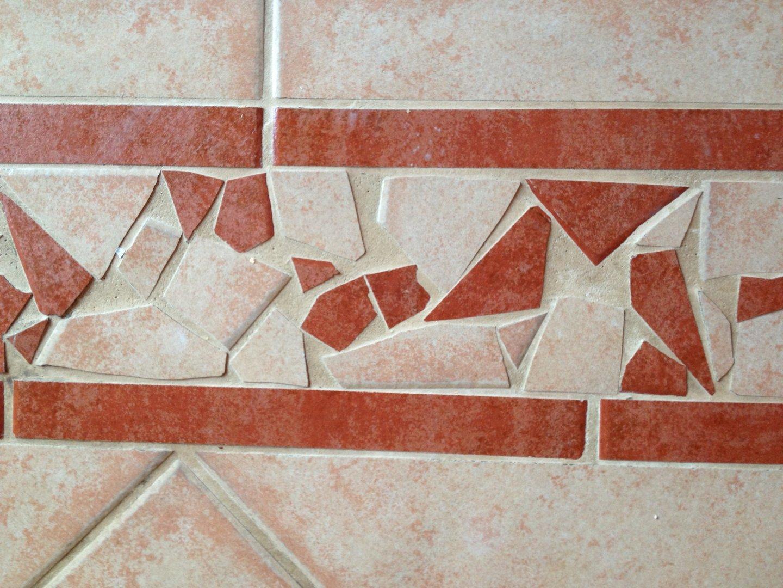 Beltéri kerámialap kitisztítva Rotowash padlótisztító berendezéssel