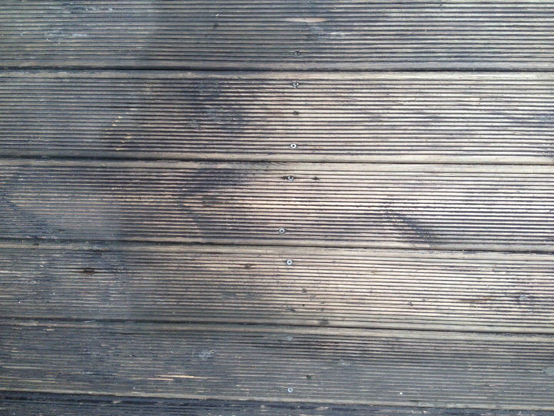 Kültéri fa teraszburkolat takarítás Rotowash súrológéppel