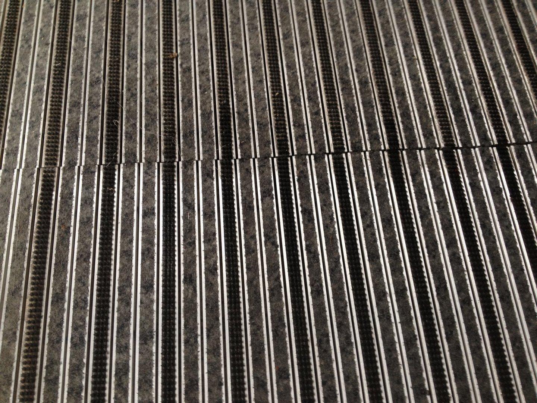 Bevásárló központ sárfogó alu szőnyeg takarítás Rotowash ipari padlósúroló berendezéssel