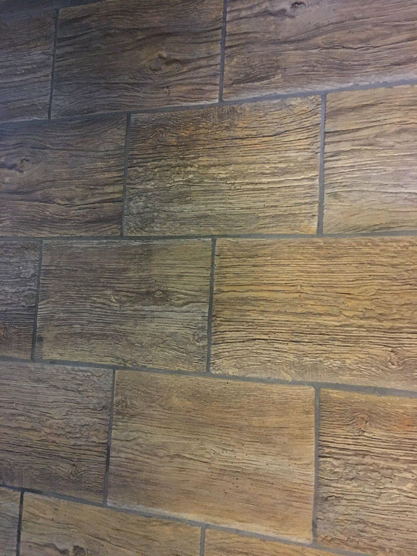 Éttermi rusztikus padlózat súrolása Rotowash padlótisztító géppel